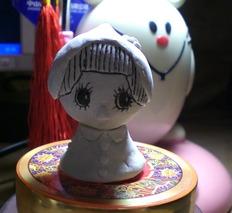 ♥秀秀一时兴起捏的娃娃 她的名字叫lisa O(∩_∩)O♥
