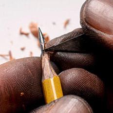 铅笔尖上玩儿艺术,功夫太深了